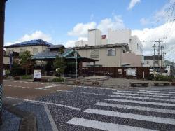 re.hulamachikado3.jpg